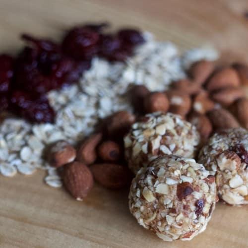 Almond Energy Bites