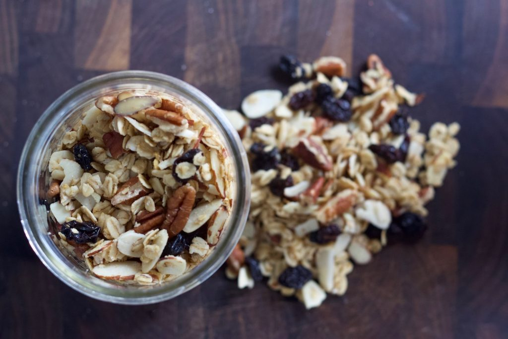 healthy oatmeal breakfast recipes: homemade maple pecan granola