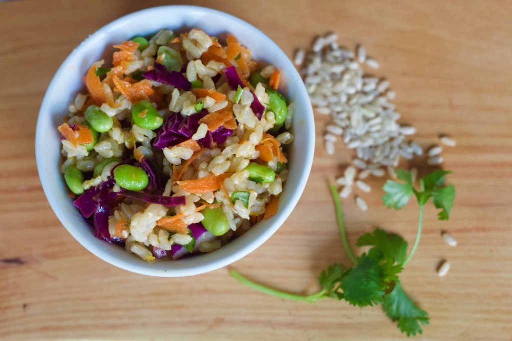what to eat on a vegan diet - colorful grain salad