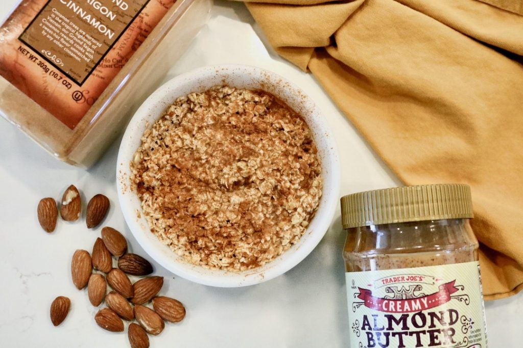 cinnamon overnight oats with almond butter
