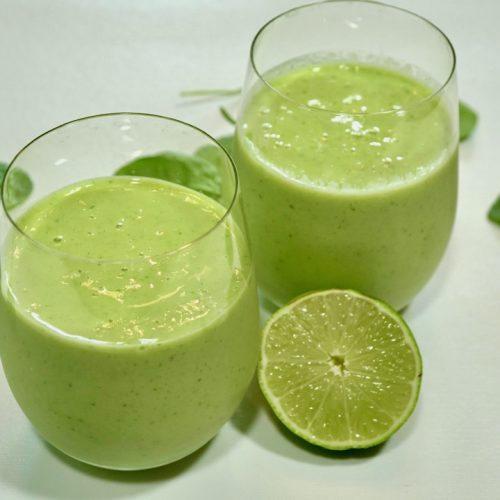 margarita smoothie with lime and spinach